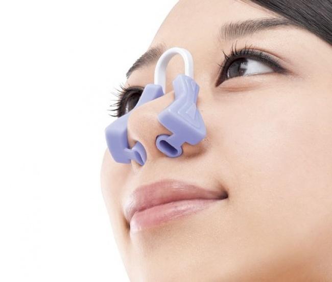 © japantrendshop     Тем, кто хочет сделать свой нос уже иизящнее, производитель