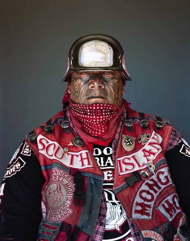 Банда байкеров-псевдонацистов держит в страхе всю Новую Зеландию (11 фото)