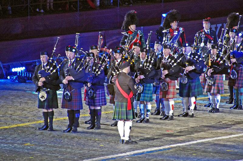 Кельтский оркестр волынок и барабанов