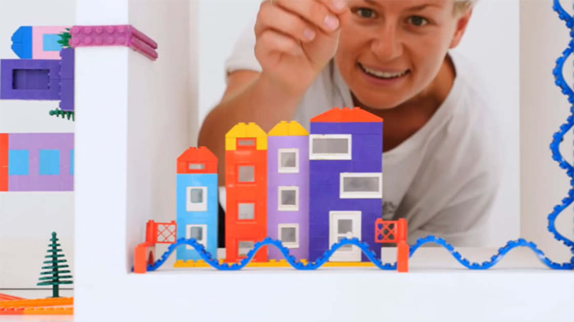 LEGO Tape - An adhesive to fix your Lego bricks everywhere
