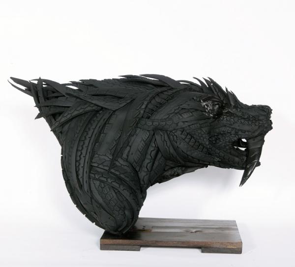 Tyre Sculptures - Artist - Yong Ho Ji