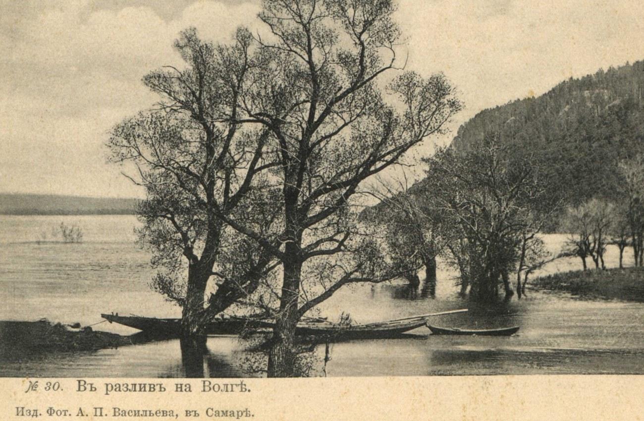 Окрестности Самары. В разлив на Волге