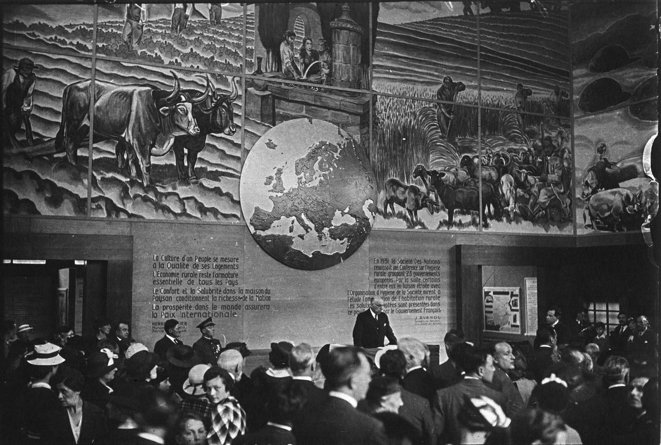 Павильон «Европейская выставка сельского жилья, Лига Наций». Открытие