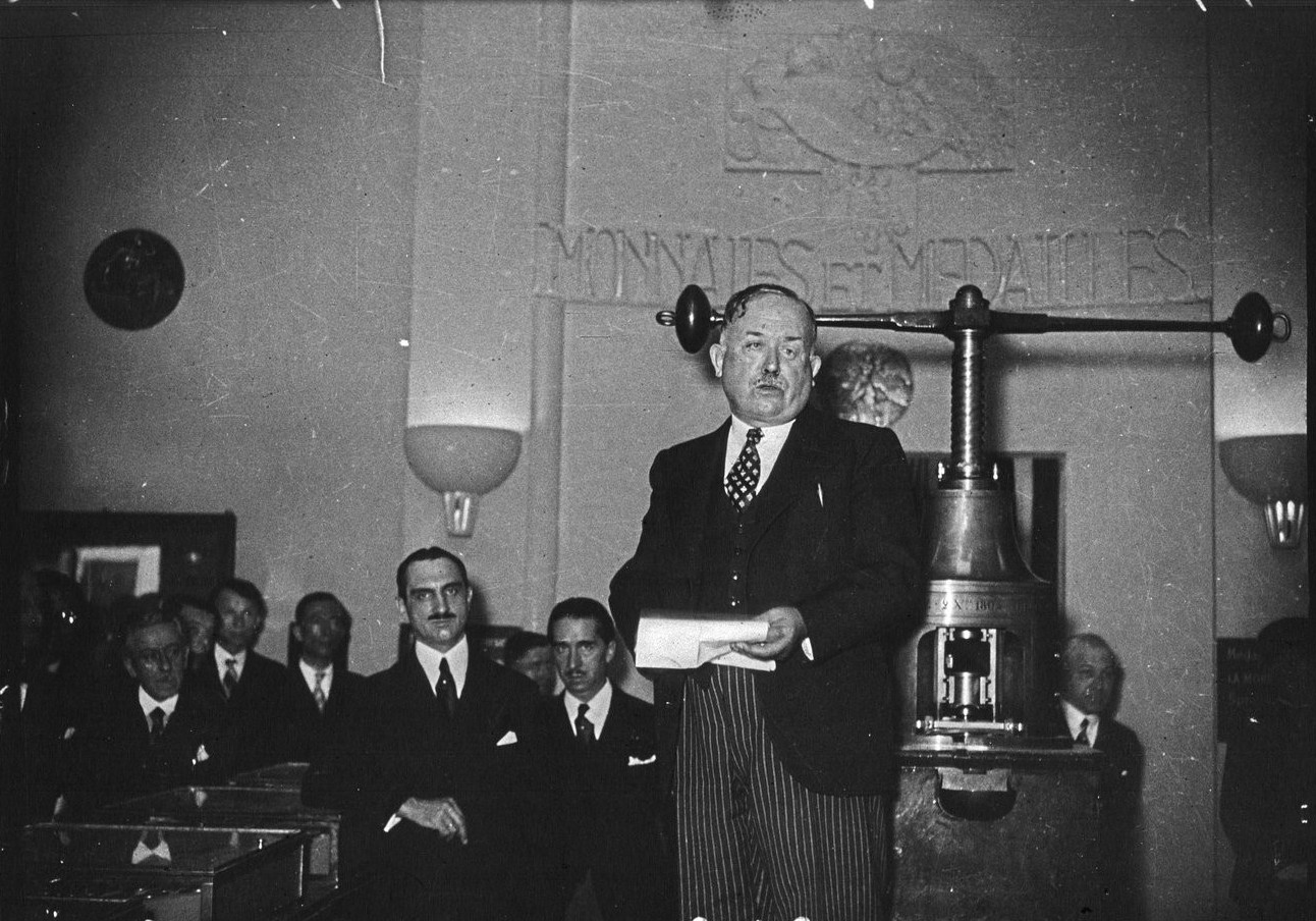 Павильон Монет и медалей. Открытие. Выступление Винсента Ориоля, министра финансов Франции (10 июня 1937)