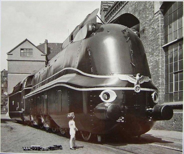 Reichsbahn_Nazi_Train_3.jpg