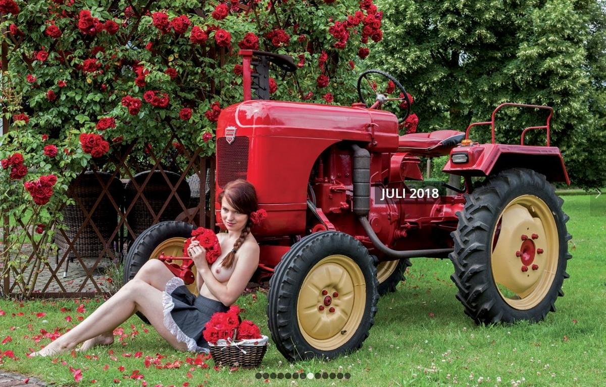Немецкие трактористки в горячем календаре