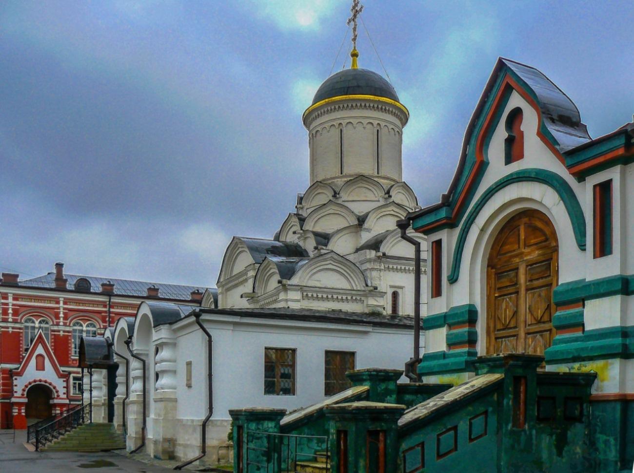 irina-fortuna-Rozhdestvensky-Convent 04.jpg