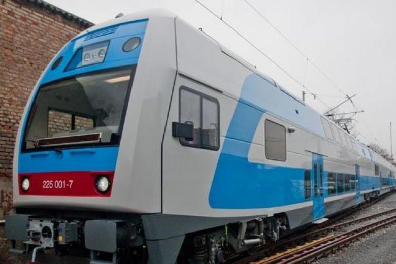 «Укрзализныця» хочет увеличить скорость движения поездов