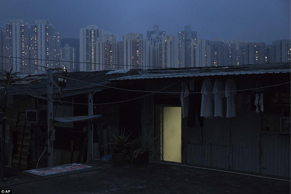 Недоступность жилья в Гонконге остается серьезной социальной проблемой.