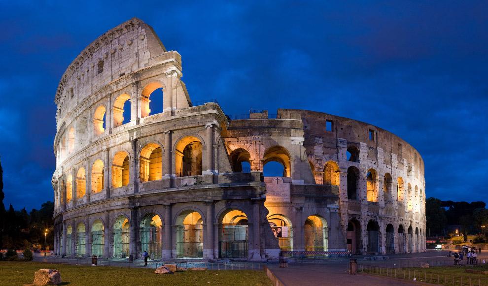 В том числе гордость Италии — римский Колизей: в стенах 2000-летнего здания появились новые трещины.