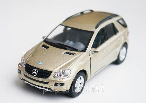 Машинка Kinsmart Mercedes-Benz ML-Class