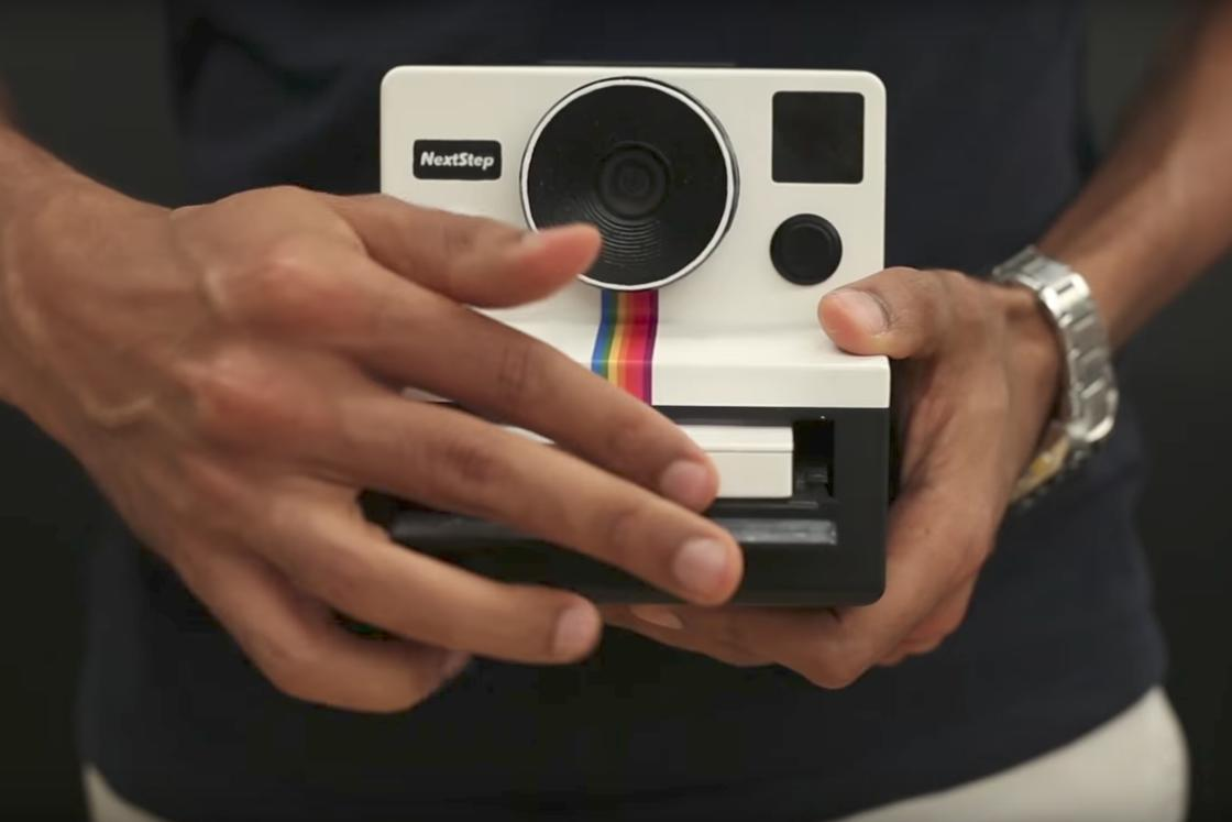 Instagif – This Polaroid instant camera prints animated GIFs