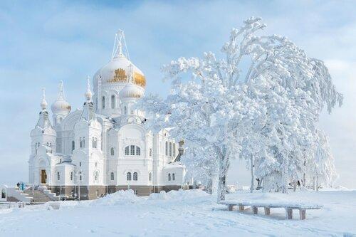 Зима. Белогорский монастырь.