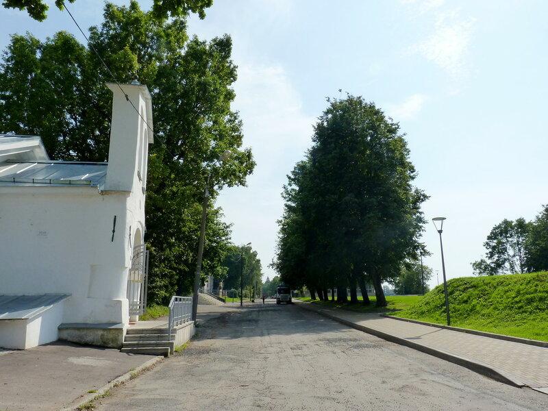 Псков. Вдоль по улице... Улица Воеводы Шуйского...