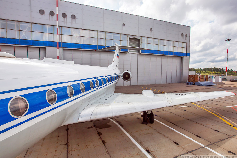 5. Самолет преимущественно летает в интересах компаний космической индустрии, в том числе пер