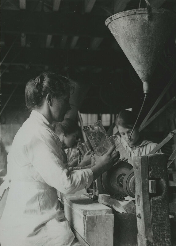 British women in glass factory near Birmingham