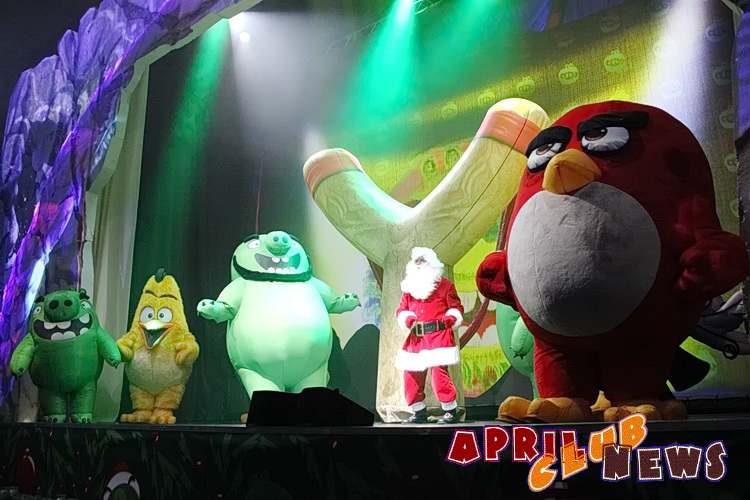 «Angry Birds: спасти Новый год»
