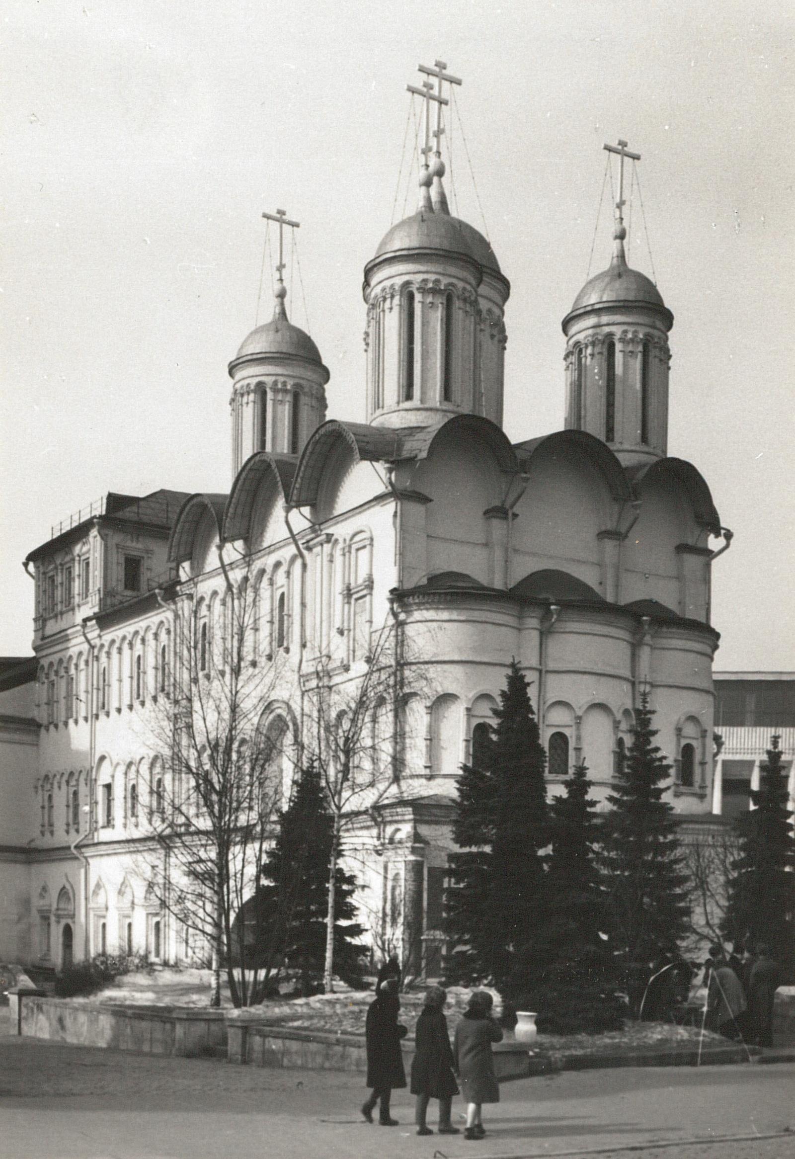 Москва. Кремль. Патриарший дворец и церковь Двенадцати апостолов, 1967