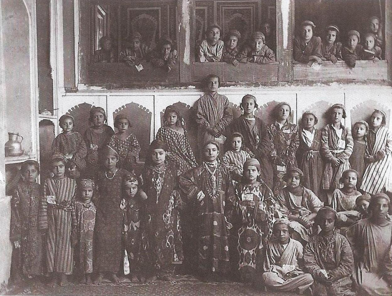 Семья бухарских евреев. 1912