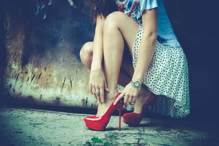 пары обуви