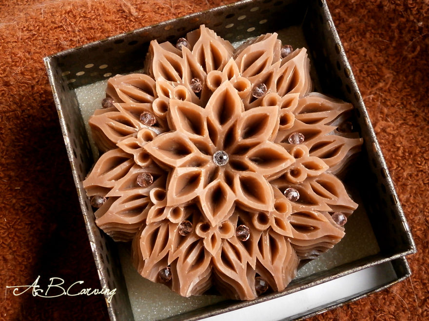 Handmade-Carving-soap-hand-carved-soap-cinnamon-carving-soap-mandala-carving-soap-glycerine-carving-soap-lavender-cinnamon-round-soap-587c940061fde__880.jpg