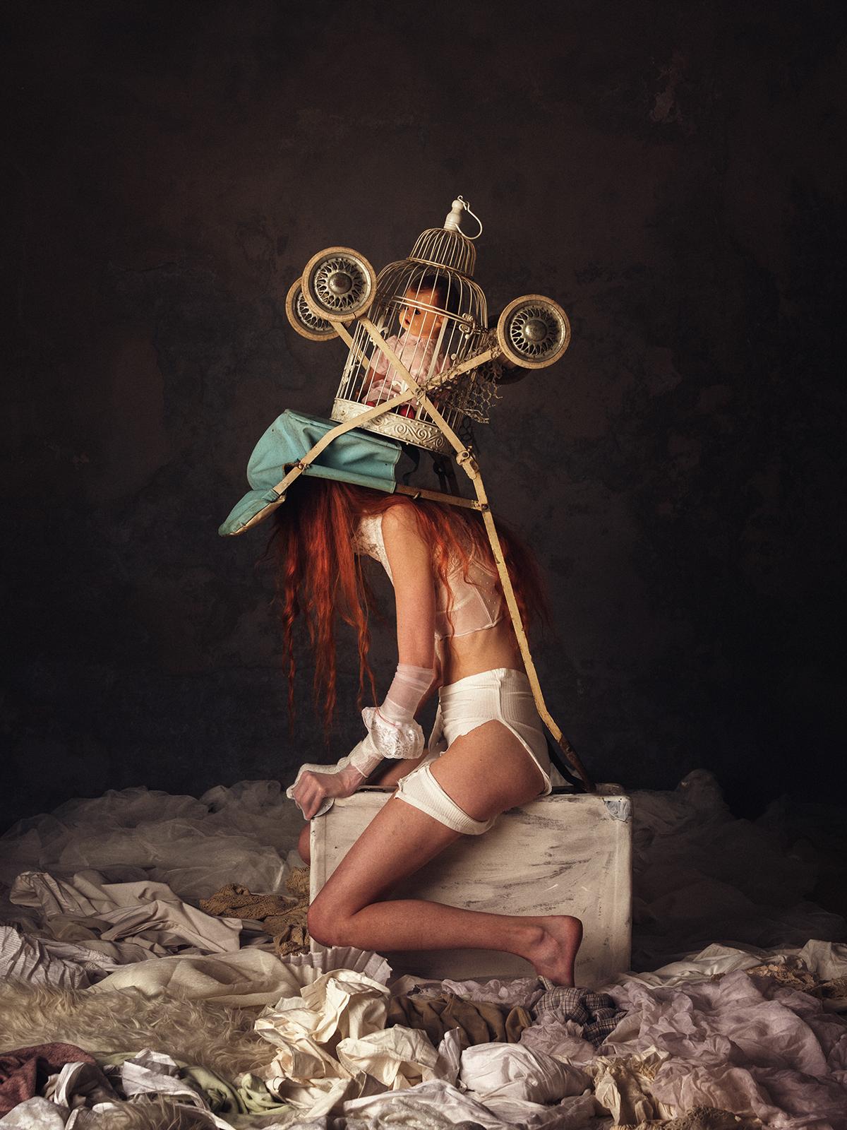 Human installations / фото Peter Zelei