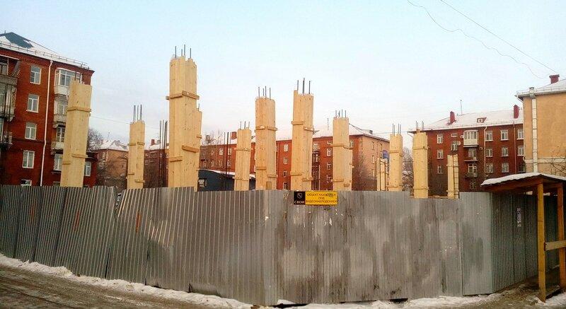 Стройплощадка на ул. Маяковского