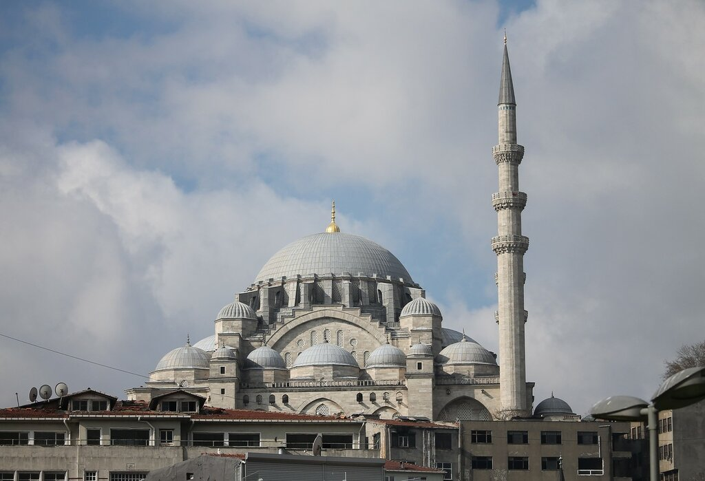Istanbul. The Suleymaniye Mosque. The view from the Park Ichi Yola