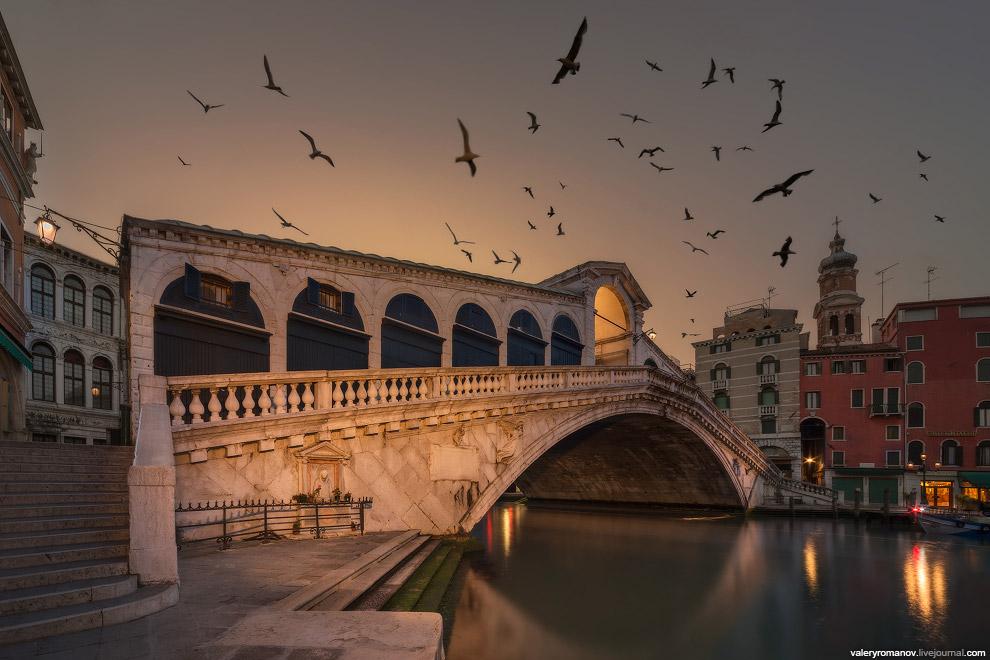 11. Рассвет в Венеции I. Вид на Сан-Джорджо Маджоре, Венеция, Италия. Май 2014.