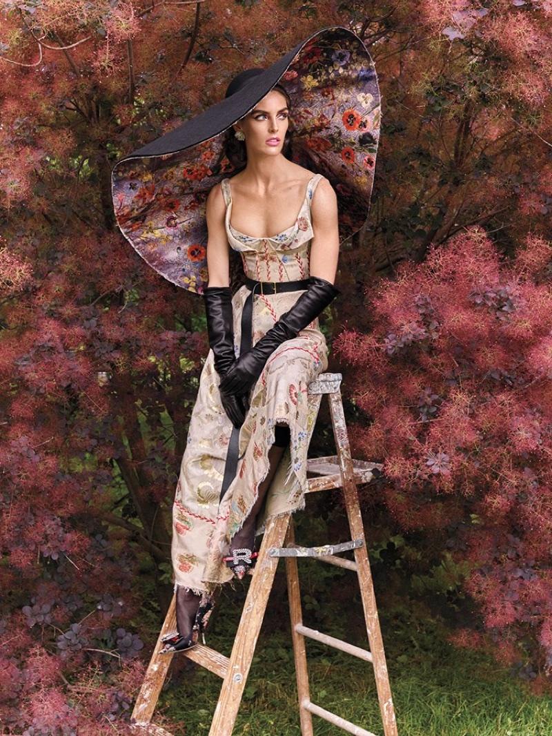 Хилари Рода для Vogue Arabia