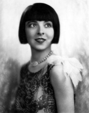 Кинокарьера Колин Мур продолжалась с 1916 по 1934 годы, в течение которых она снялась в более чем 60