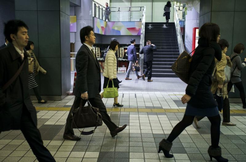 Власти Японии различают два типа кароси: смерть от сердечно-сосудистых заболеваний, связанных с пере