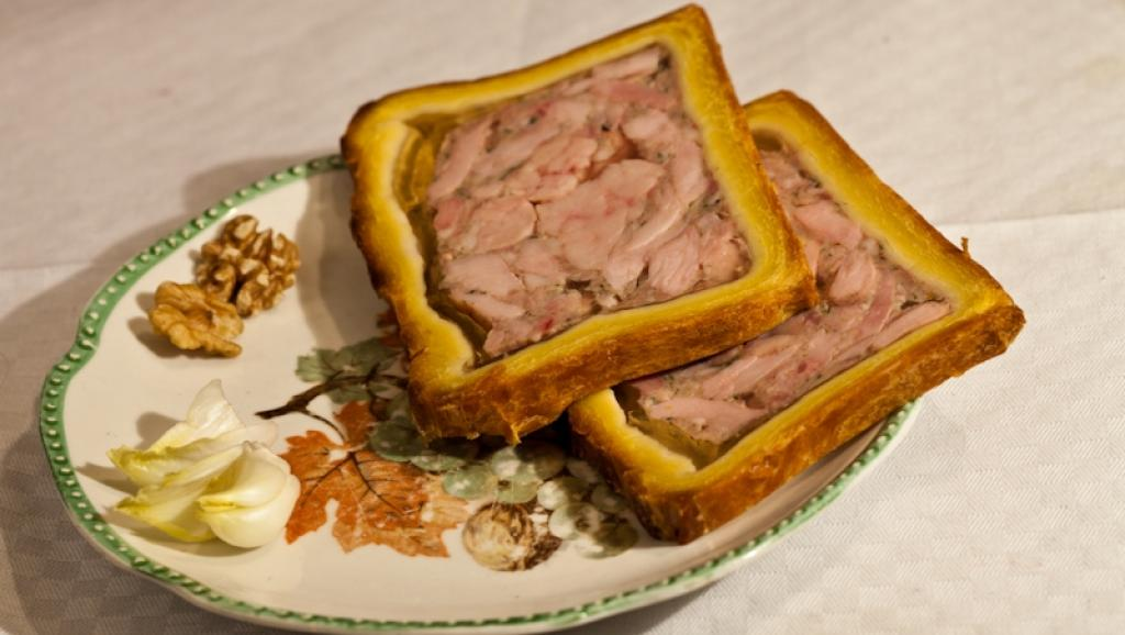 Страсбургский пирог.    Как уже отмечалось, при поездках по стране императоры вполне могли пере