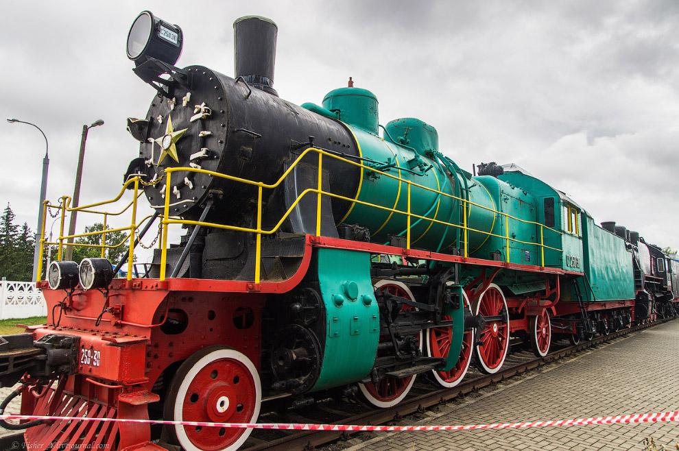 16. Паровоз Типа 1-5-0 серии CО17 №3268. Построен в 1948 году на Ворошиловградском паровозостроитель