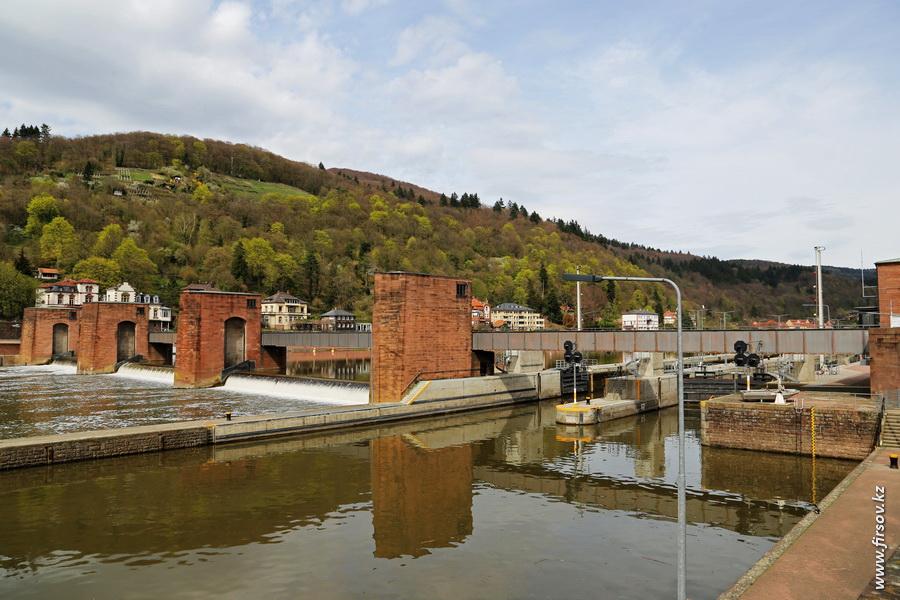 Heidelberg_20139_zps9cf2df63.JPG