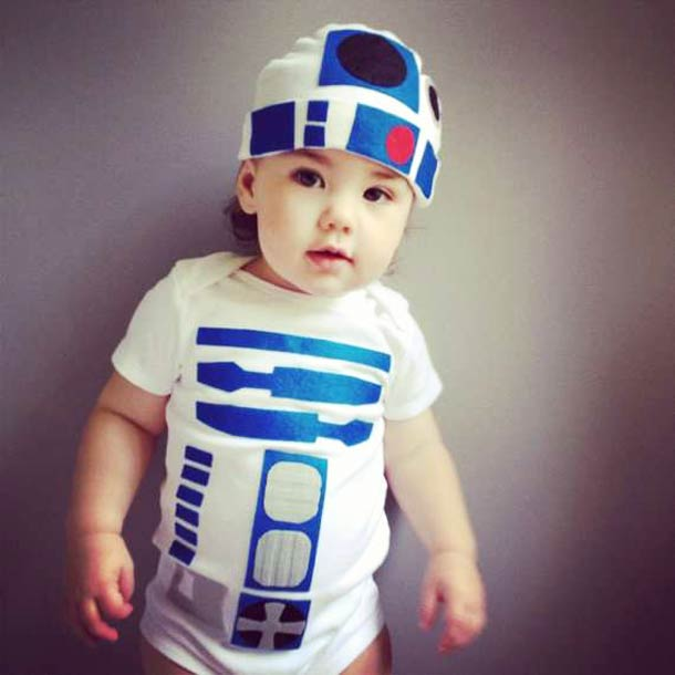Cute R2-D2 Bodysuit for the Baby you are looking for (4 pics)