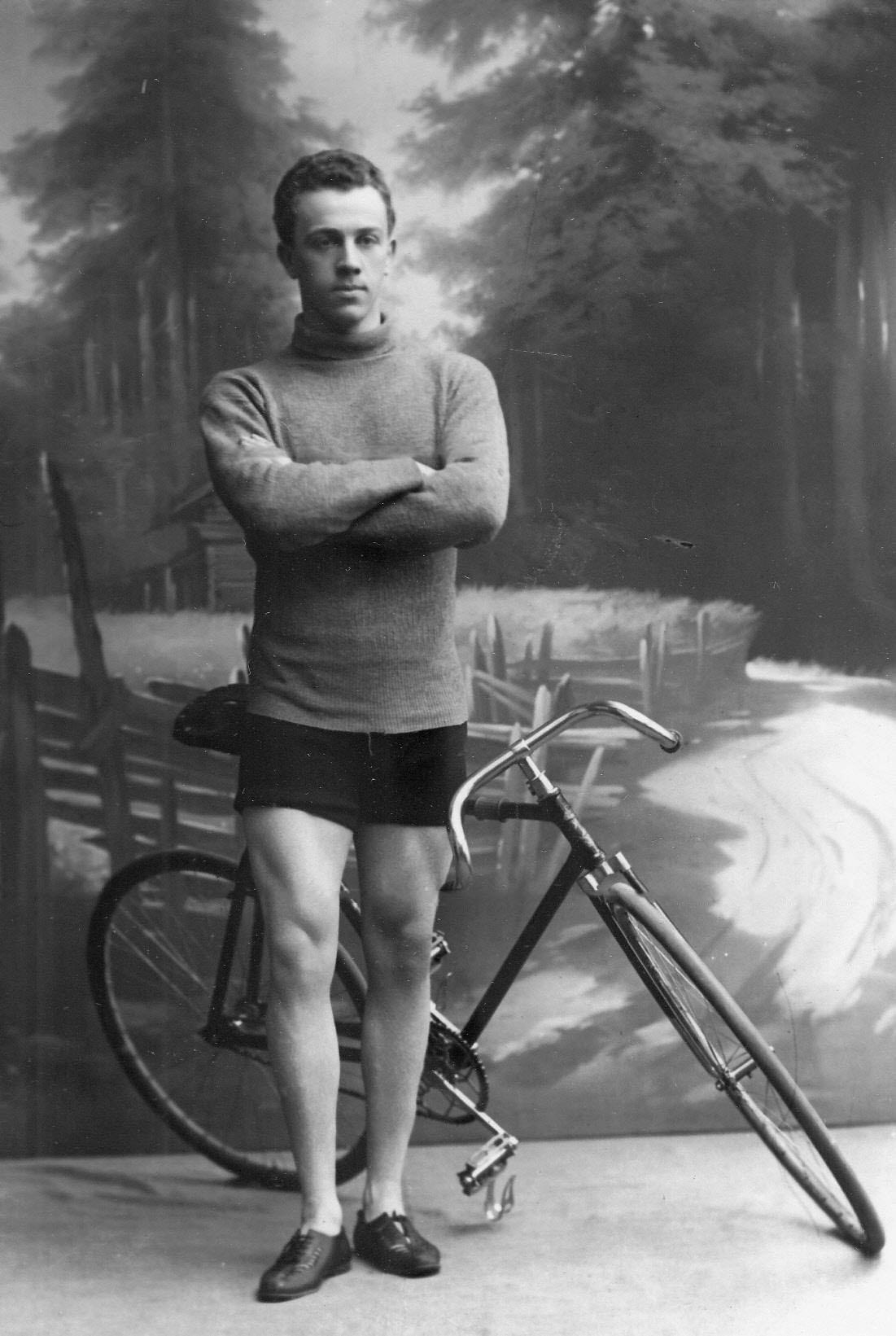 Участник велогонок гонщик Войтиков (Германия)