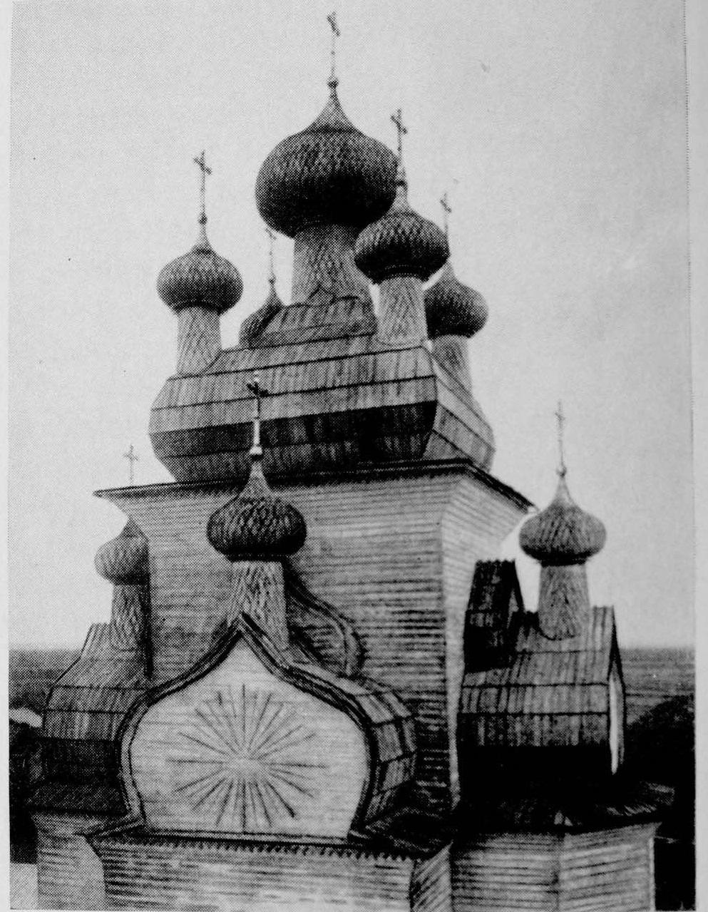 Окрестности Онеги. Чекуево. Преображенская церковь