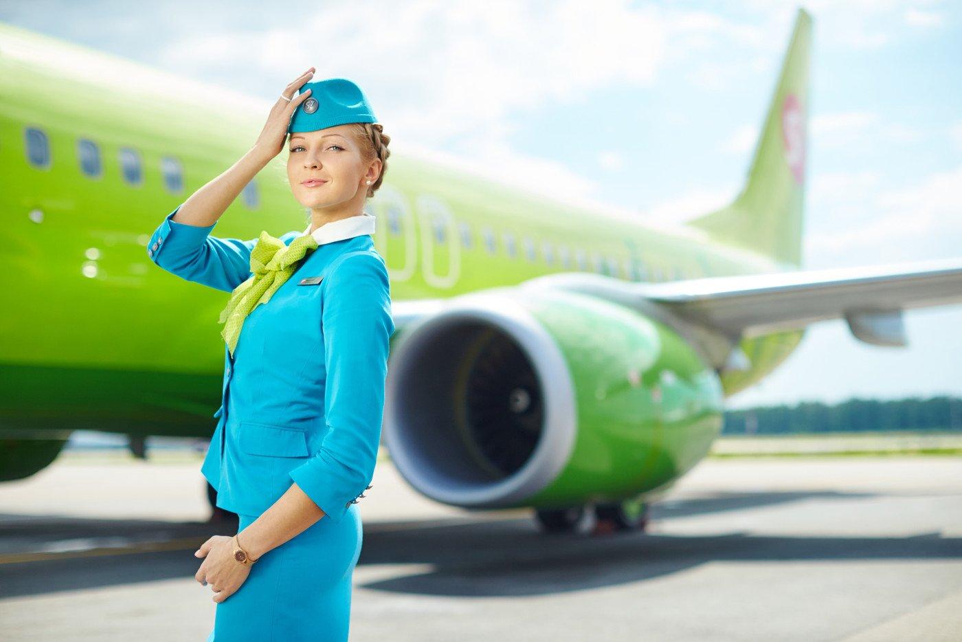 Бортпроводница «Уральских авиалиний» вошла втоп-3 самых красивых стюардесс