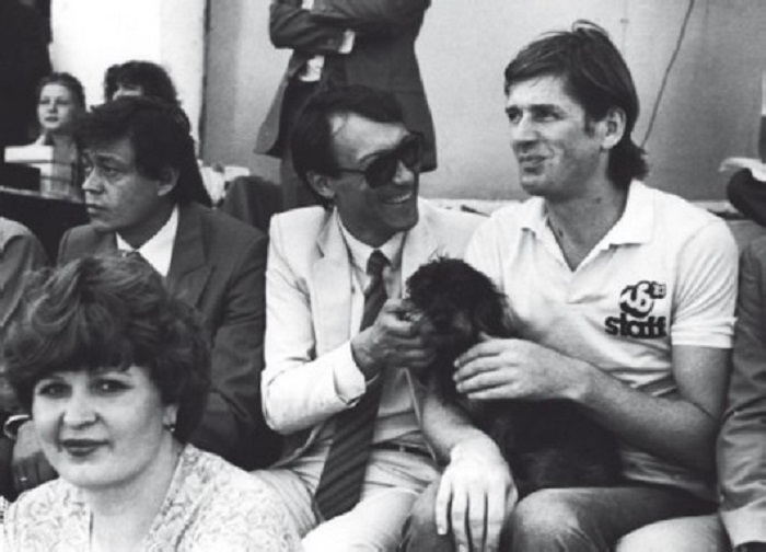 Николай Караченцов, Олег Янковский и Александр Абдулов на футбольном матче в 1984 году.