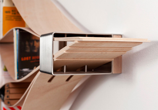 Chuck is an awesome shelving concept by German designer Natascha Harra-Frischkorn . The flexible she