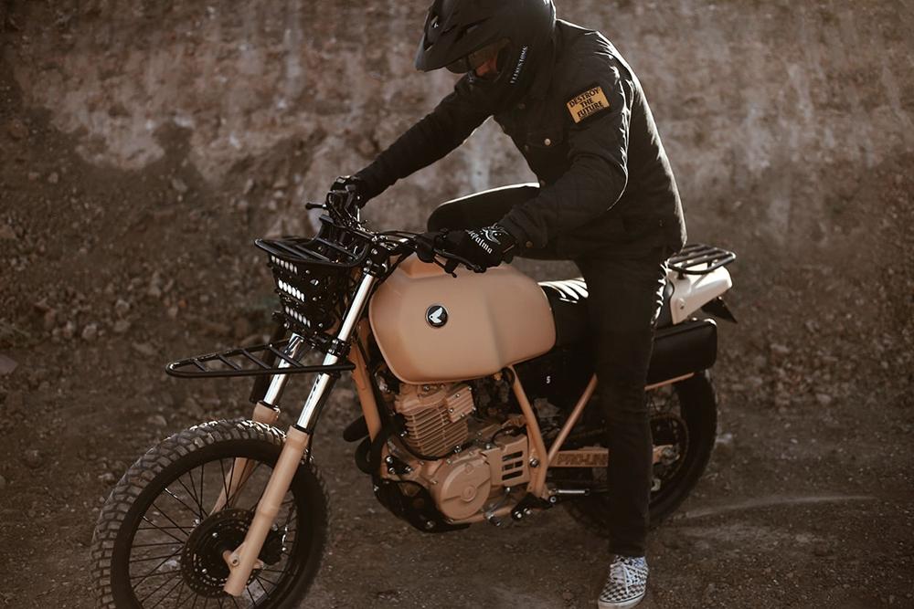 Herencia Custom Garage: скрэмблер Honda XL600R Dirt Trooper