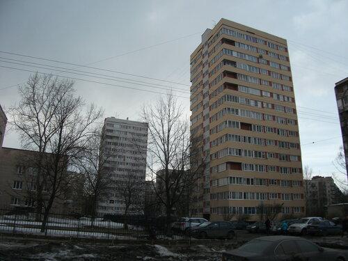 ул. Кустодиева 10к1 и 10к2