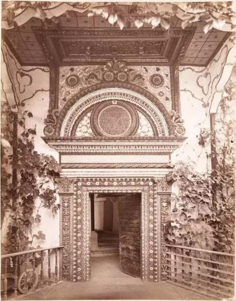 Железная дверь хана Менгли-Гирея в Бахчисарайском дворце. 1888