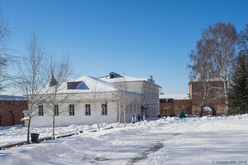 Церковь Серафима Саровского. Зарайский кремль.