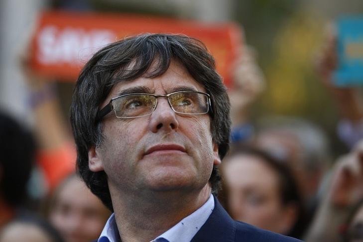 Пучдемон призвал уважать решение парламента Каталонии восстановить руководство региона
