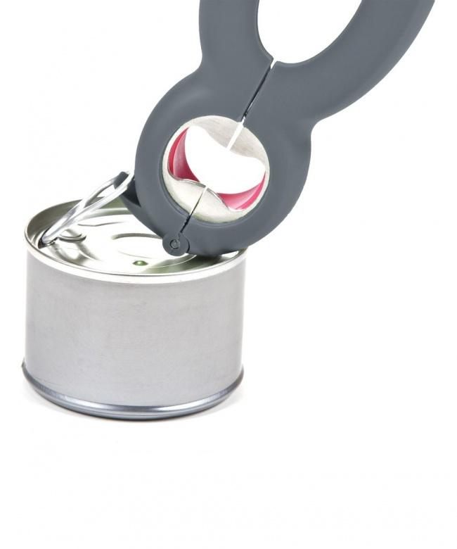 © zulily  Этот компактный мультитул легко справится скрышками отбутылок ибанок, атакже ров