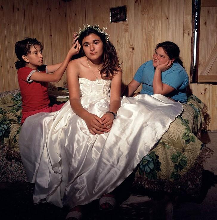 18. Свадьба сестры, 2001