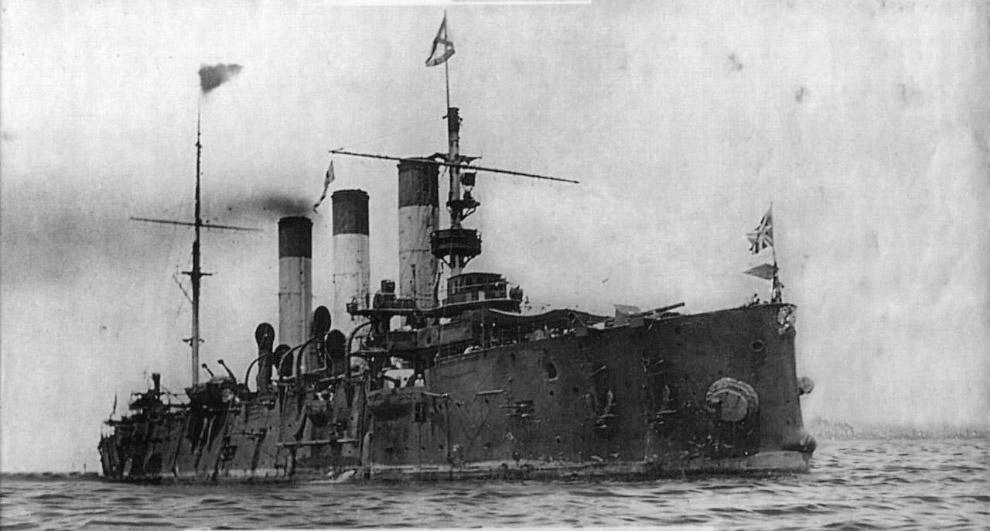 Великая Отечественная прошлась по «Авроре» катком. Уже в июле 1941-го с крейсера сняли все пушки и с