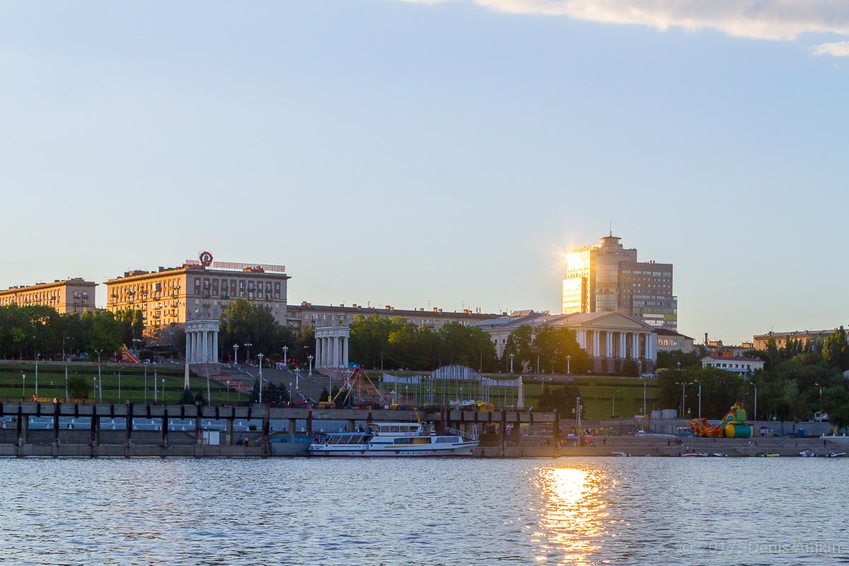 проплывая Волгоград фото 9